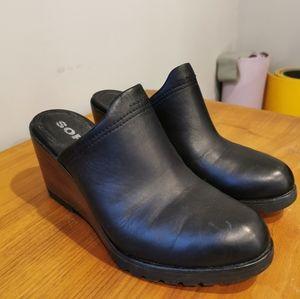 Sorel slip-on wedges - Size 9